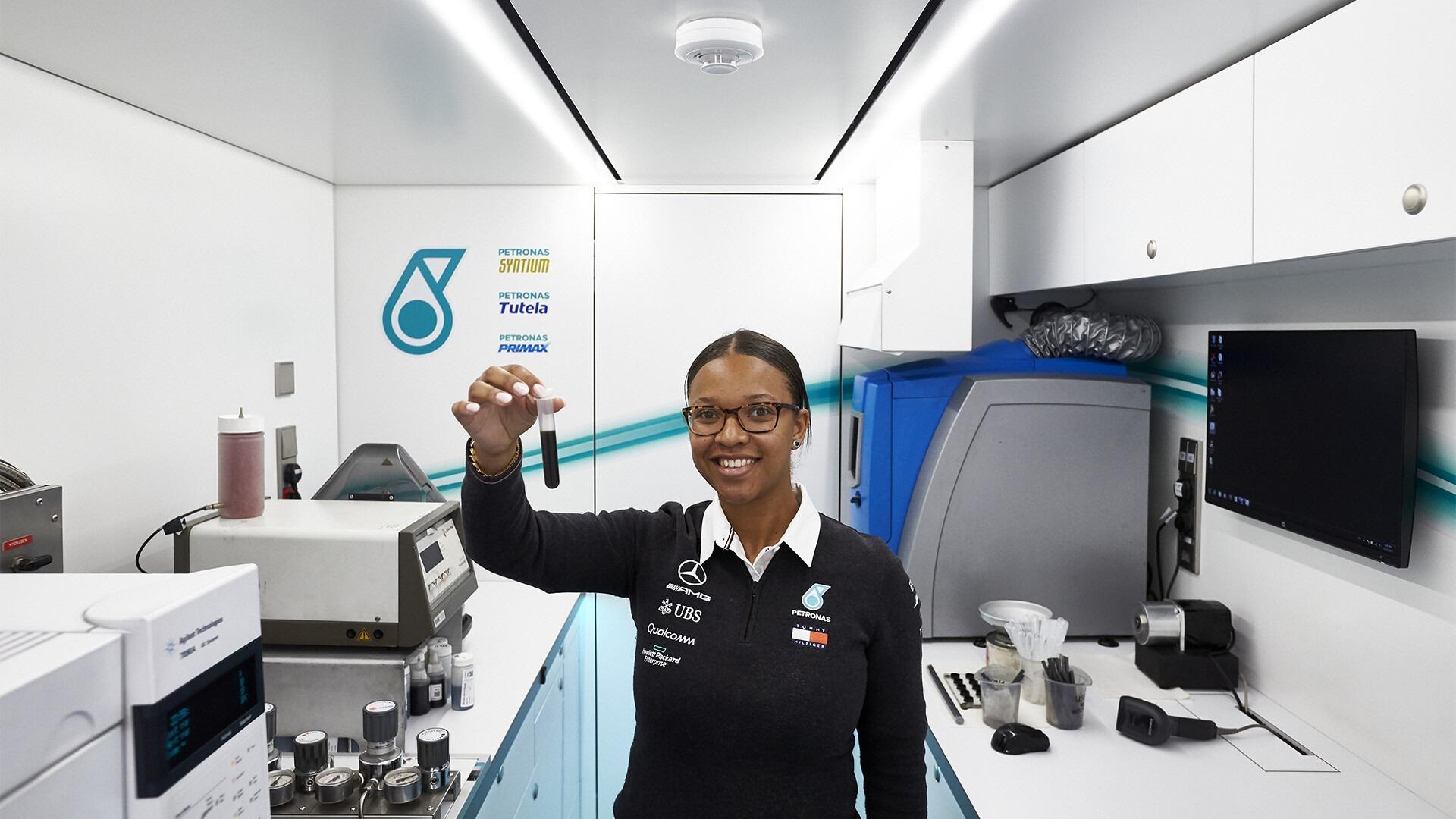 Stephanie Travers - Petronas Trackside Fluid Engineer at Formula 1